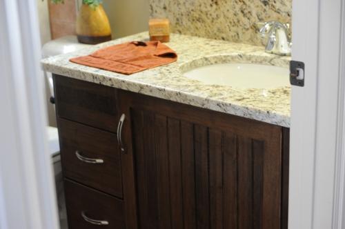 bathroom vanity cabinet company